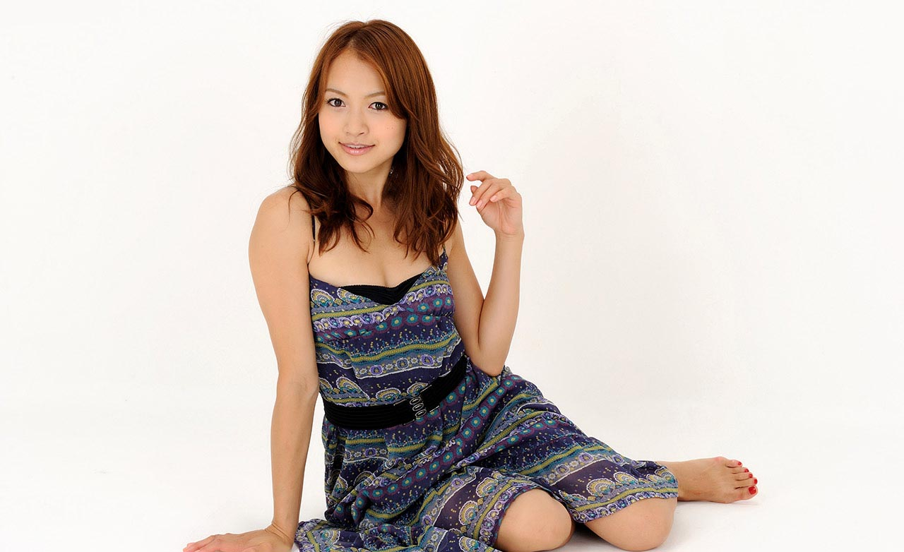 japanese race queen rina itoh pics 05
