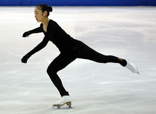 من اخترع التزلج على الجليد؟