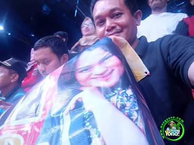 Mang Yono di Studio 5 Indosiar  dukungan untuk Putri Jamila Subang, Grand Final.