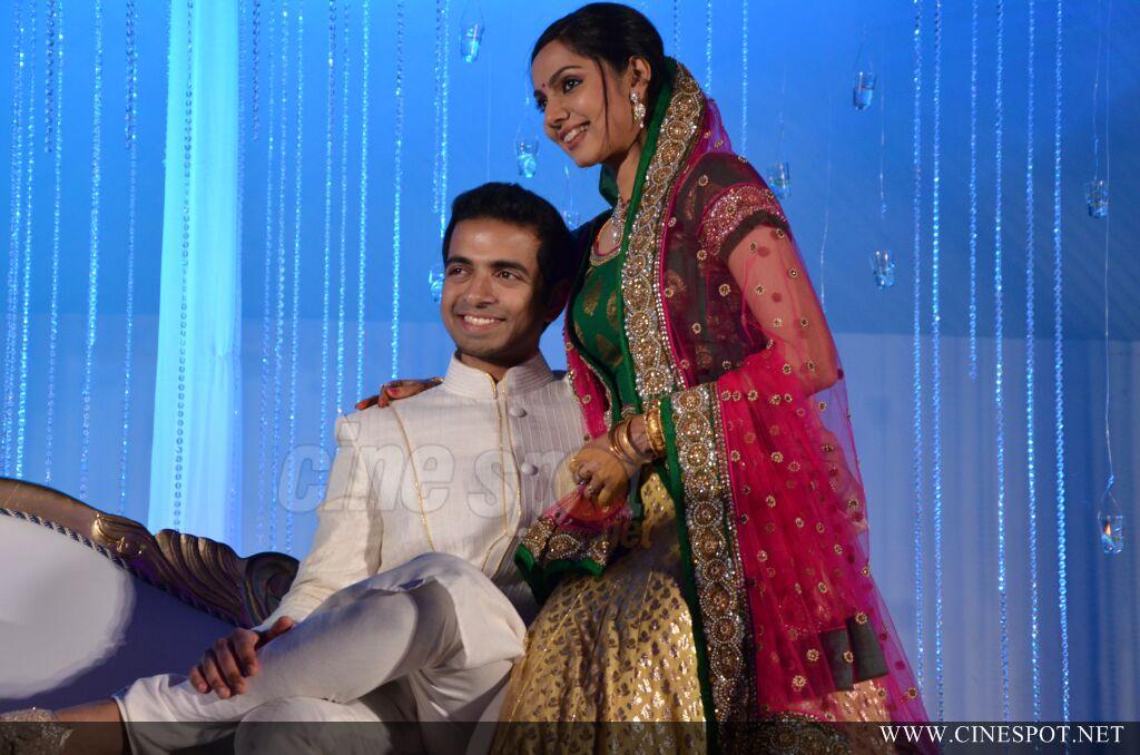 Samvritha Sunil Wedding Reception Photos Gallery