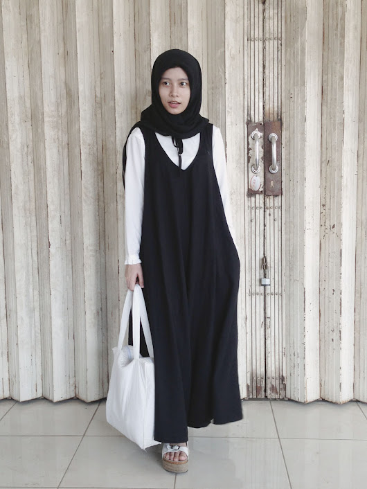 PETITE CAPSULE: Jumpsuit for Jump to Bontang