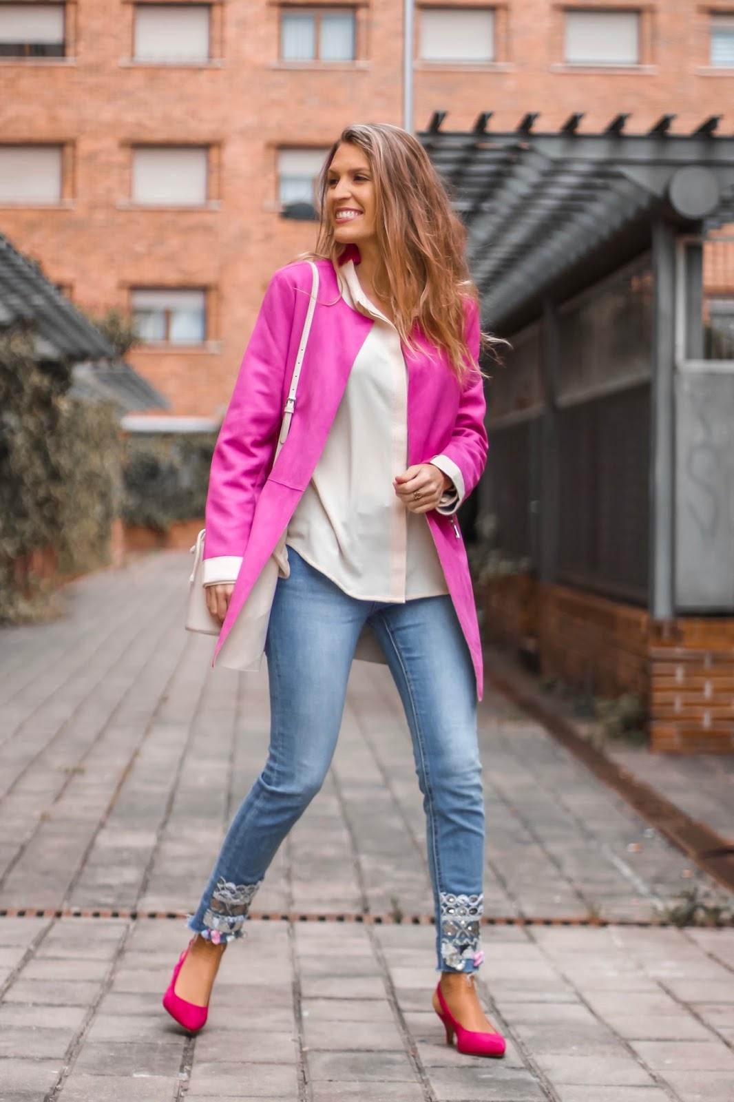 zapatos rosas tacón bajo