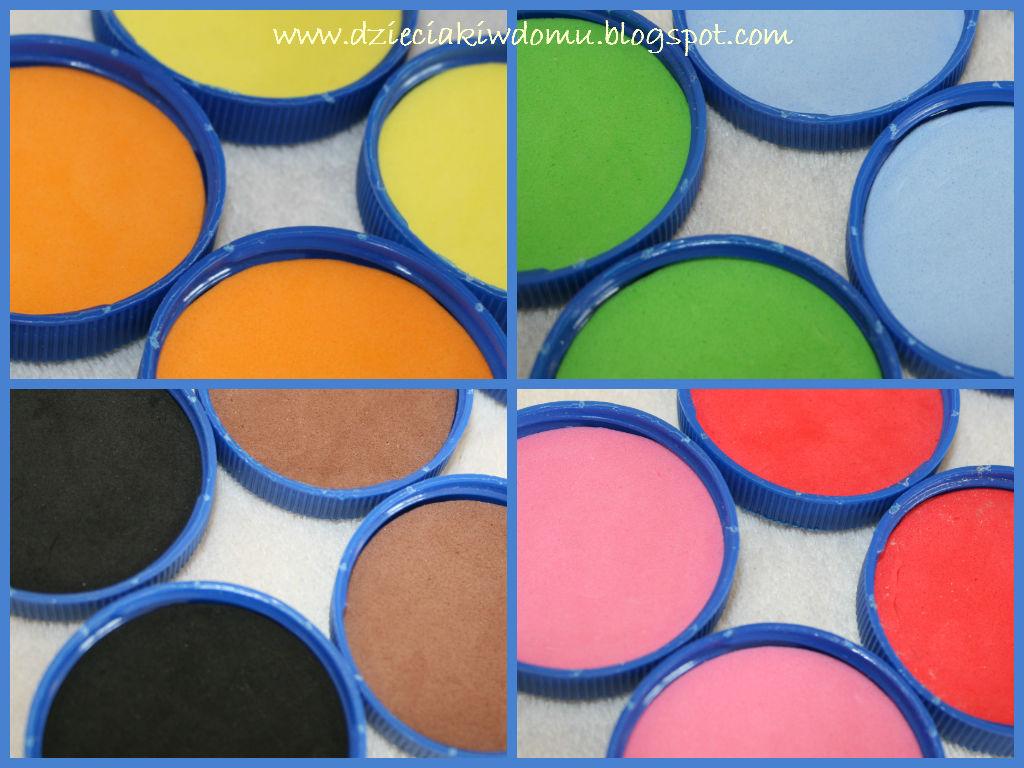 memory kolory, zabawa w kolory z dziećmi, kreatywne memory z nakrętek po butelkach