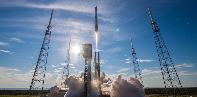 An Atlas V rocket lifts off from Cape Canaveral's Space Launch Complex-41 with NASA's Tracking and Data Relay Satellite-M (TDRS-M). Credit: ULA