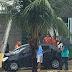 Carro colidiu contra poste na avenida Prudente de Morais