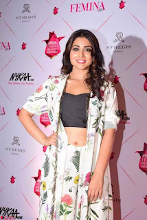 Shriya Saran and Rakul Preet Singh at Femina Beauty Awards 2017 003.jpg
