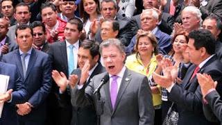 Producto del acuerdo de paz rubricado en La Habana el pasado miércoles, Santos anunció al día siguiente que había ordenado iniciar el alto el fuego a las cero horas del lunes.