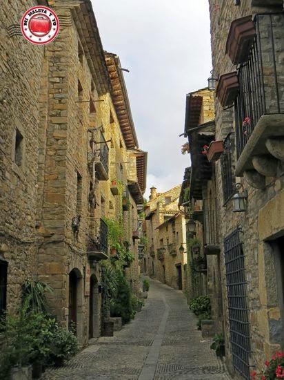 Calles de Aínsa en Huesca
