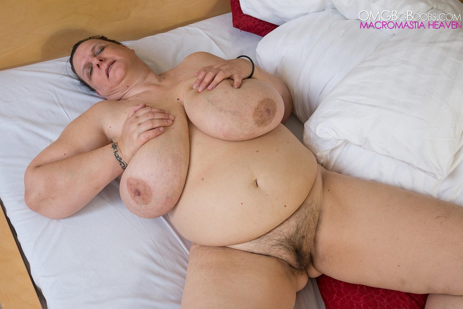 Фото старых огромных сисек, Огромные сиськи - гигантские сиськи и грудь - зрелые 23 фотография
