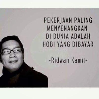 foto Ridwan Kamil Walikota Bandung yang lebih dikenal dengan sebutan Kang Emil dengan kutipan menarik