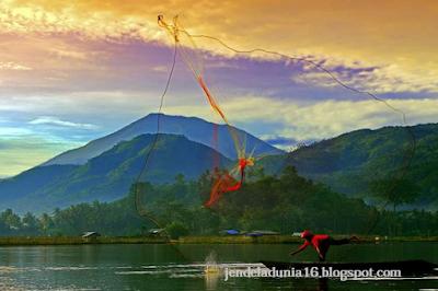 Berwisata Ke Danau Rawa Pening Semarang