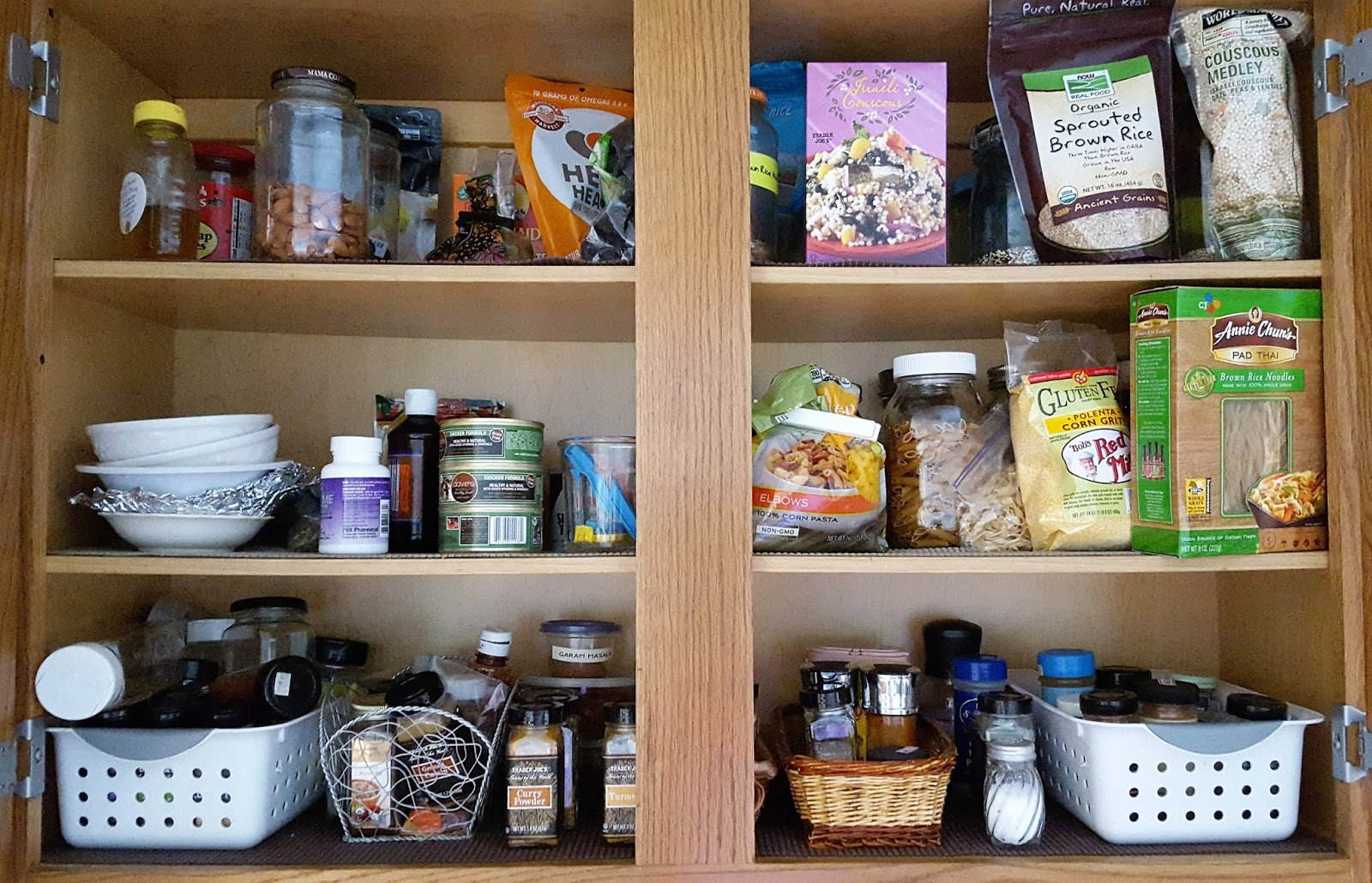 COMFY HOUSE: Organizing Kitchen Cabinets And Drawers