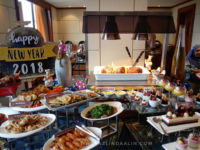 JOM SAMBUT NEW YEAR AMBANG 2018 DI CLUB LOUNGE, LEVEL 18 GRAND BLUEWAVE SHAH ALAM DENGAN MENU BARU NEW YEAR EVE DINNER
