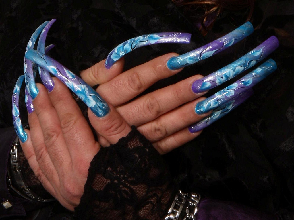 Inspired Ambitions: Awesome Nail Art - Long Nails