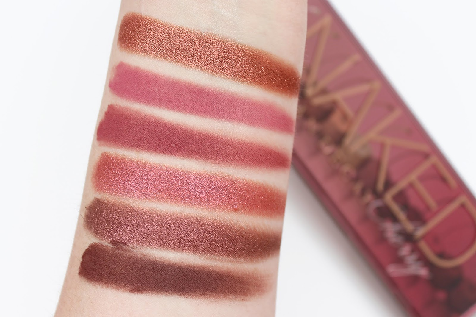 URBAN DECAY | Naked Cherry Palette - Review + Swatches - CassandraMyee