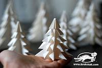 Paperista taitellut joulukuuset