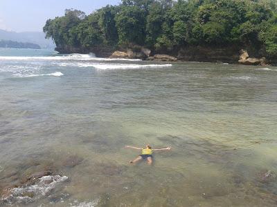 Pantai Sawahan Ombo