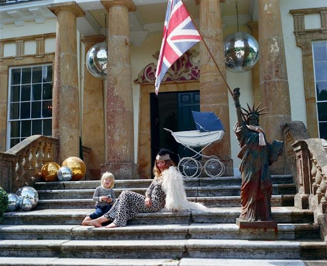 photos-alice-temperley-country-house