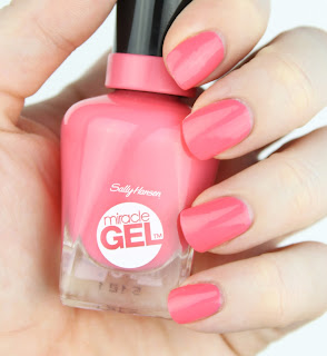 Sally Hansen Miracle Gel Get it Bright Nail Swatch