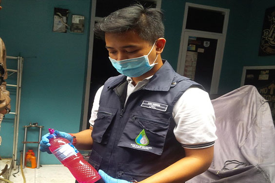 Air PDAM Bandung Berwarna Merah Bahaya Untuk di Konsumsi