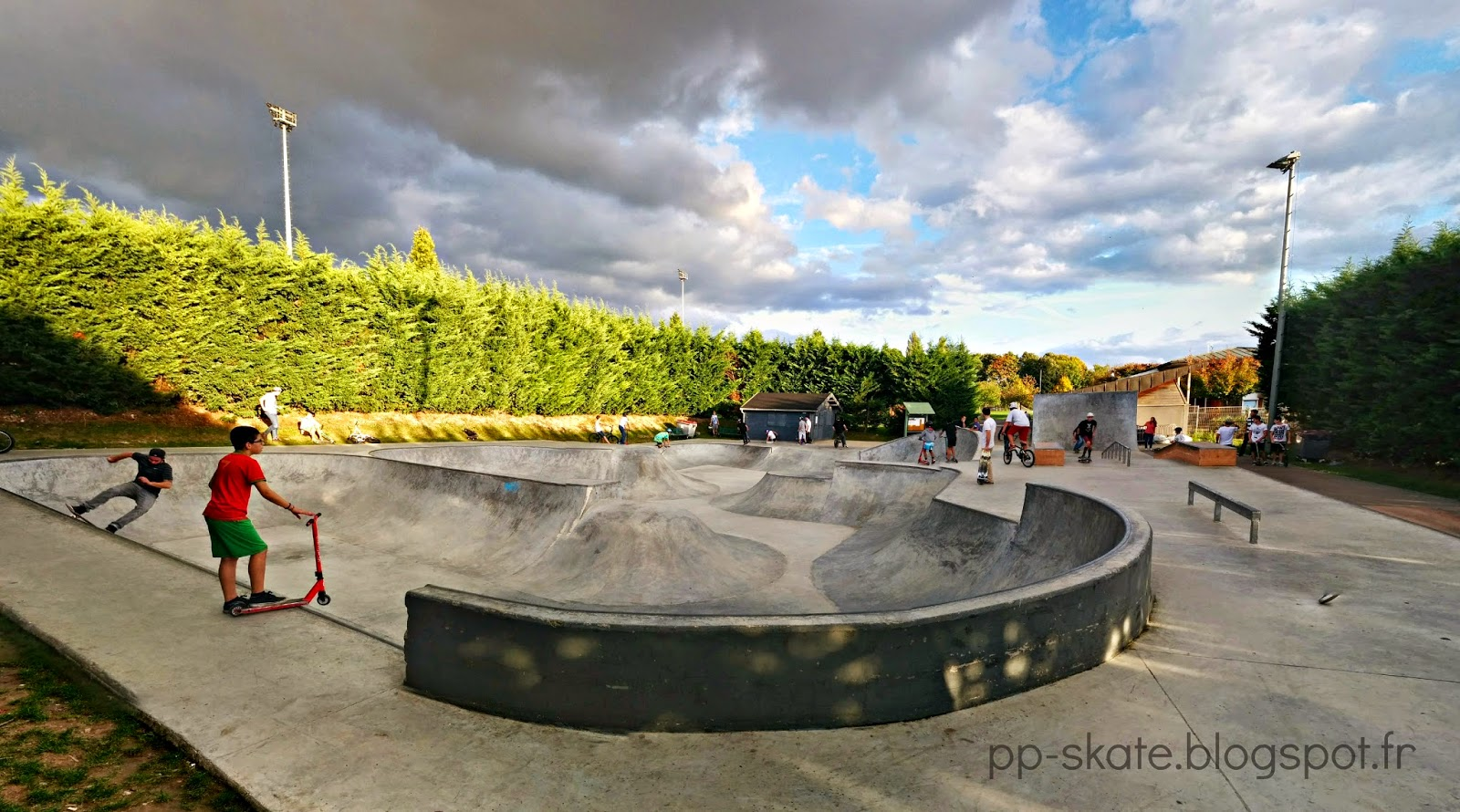 le skatepark de bry sur marne 94 jackspots. Black Bedroom Furniture Sets. Home Design Ideas