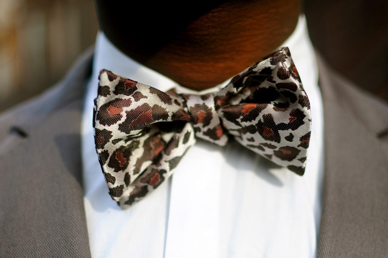 Man Wearing Bow Tie - Hot Girls Wallpaper