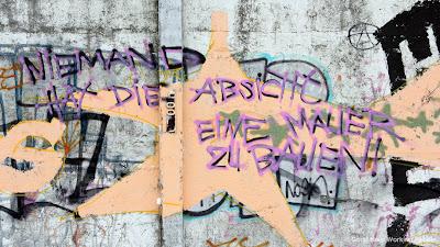 Photos of The Berlin Wall Remains (Berliner Mauerreste)