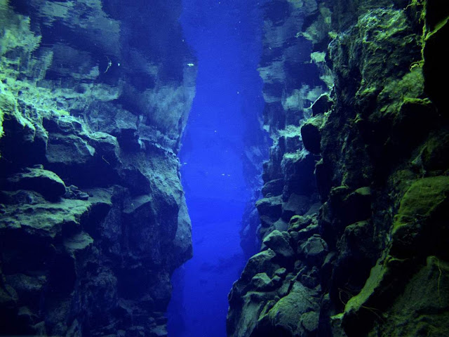 Oceans Are Being Sucked Into Earth's Interior Through World's Deepest Trenches