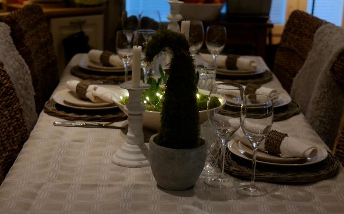 Jouluruokapöytä