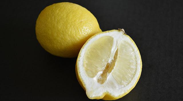 這是檸檬的長相