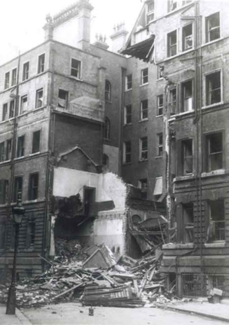 Victoria Street bomb damage in London, 11 November 1941, worldwartwo.filminspector.com