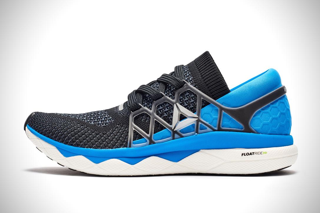 ea1f6bca1c5a 150 dolar fiyatla satılan Reebok Floatride Run koşu ayakkabısı hakkında  ilave bilgi almak ve sipariş etmek için tıklayınız.