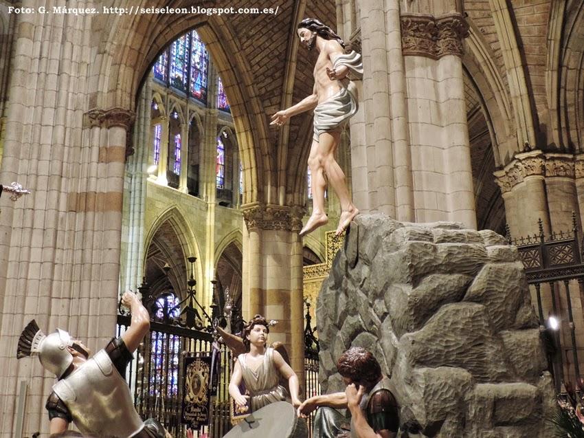 Paso de La Resurrección. Real Hermandad de Jesús Divino Obrero. León. Foto G. Márquez