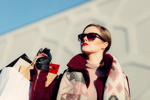 Budget Tips for Women Who Love Shopping