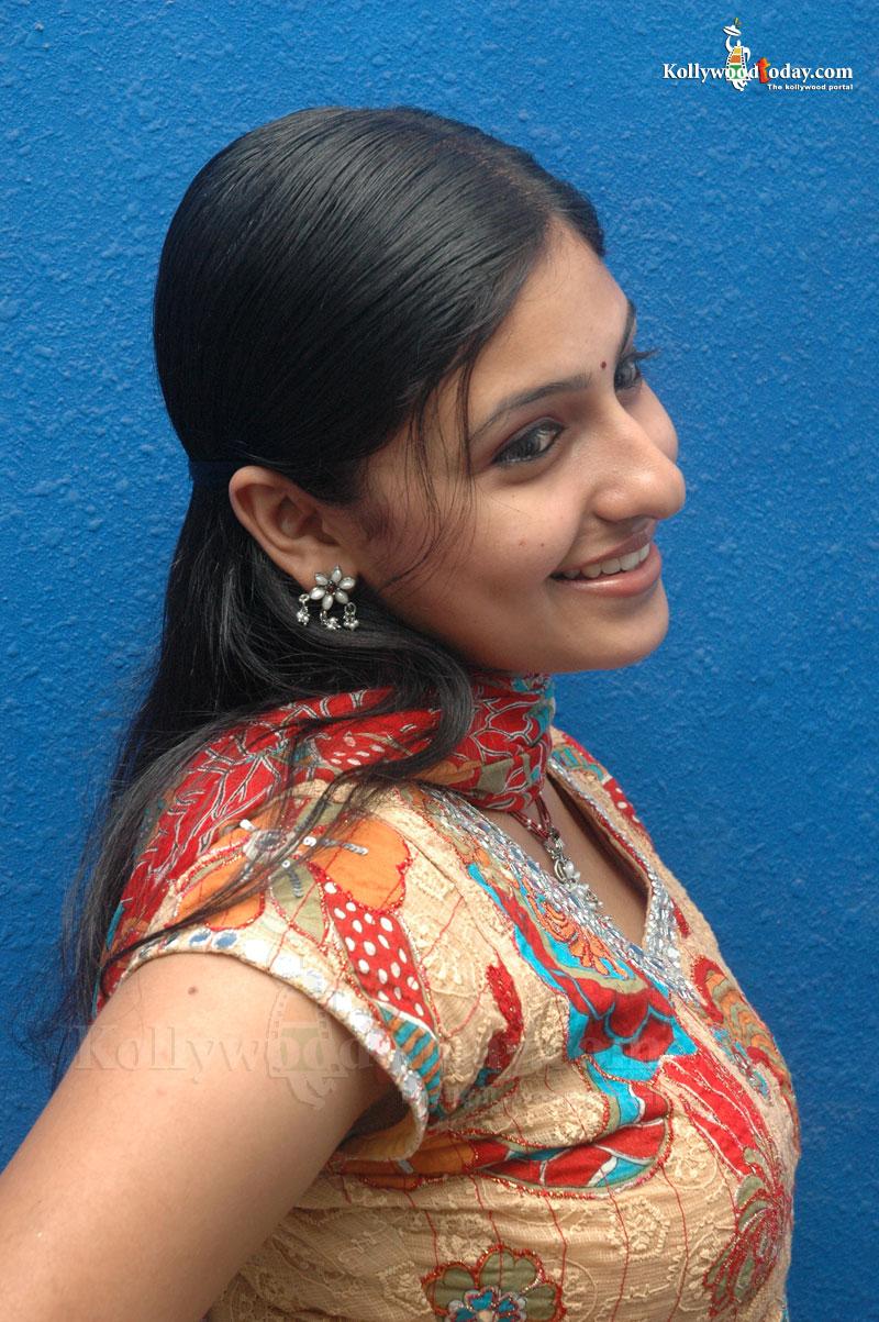 Desi Innocent Girl Very Cute Tamil Girls-3996