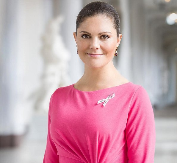 Crown Princess Victoria as patron of Rosa Bandet 2017 for Swedish Cancer Association. Princess Victoria wore Camilla Thulin Dress