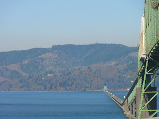 The impressive span of the Astoria-Megler Bridge