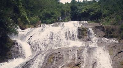 Air Terjun 7 Tingkat Di Toraja