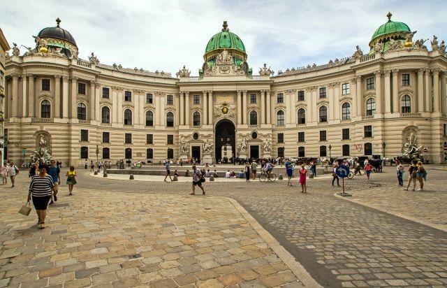 hofburg-palace-vienna-poracci-in-viaggio