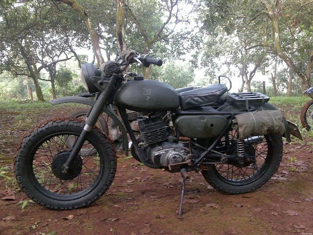 Xe Minsk độ Cafe Racer - Tracker - BMW - Army đẹp nhất Việt Nam