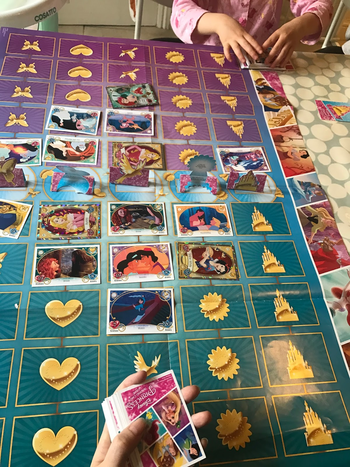 How To Play The Disney Princess Trading Card Game - Counting To Ten