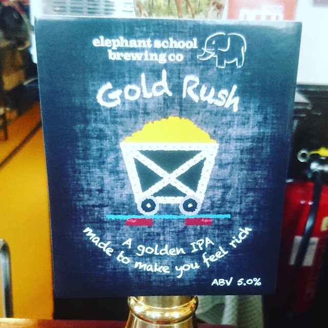 Essex Craft Beer Review: Gold Rush from Elephant School real ale pump clip