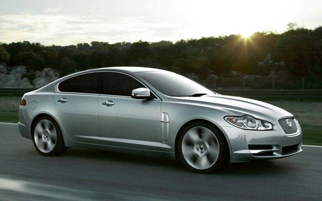 sports cars jaguar xf 2013 price review features specs and information. Black Bedroom Furniture Sets. Home Design Ideas