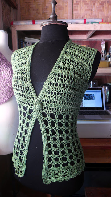 http://www.ravelry.com/patterns/library/summer-evening-2