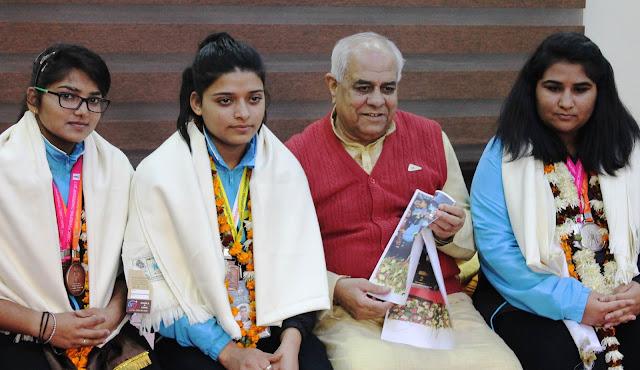Satyug Darshan Vidyalaya wooed abroad, honored at Parcham, School of Honor in India