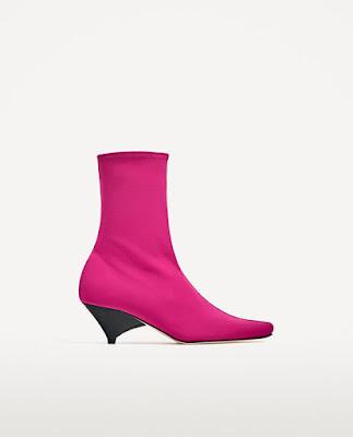 Immagine di stivaletto rosa Zara