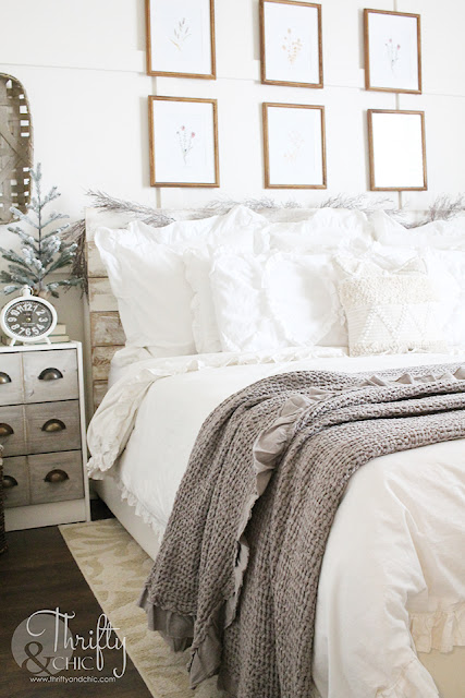 Winter decor and decorating ideas. Winter bedroom decor. How to decorate after Christmas. Farmhouse bedroom decor. Neutral bedroom decor and ideas. White and cream bedroom. Board and batten bedroom ideas.
