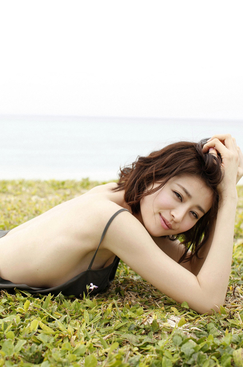 chinami suzuki sexy japanese idol 02