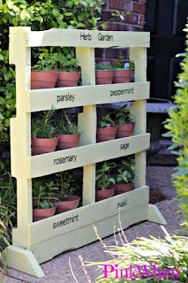 Make A Herb Garden From a Pallet
