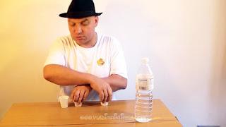 Desaparecer agua. Truco de ciencia-magia revelado 02